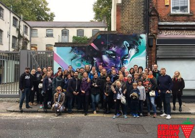 Street art tour, London